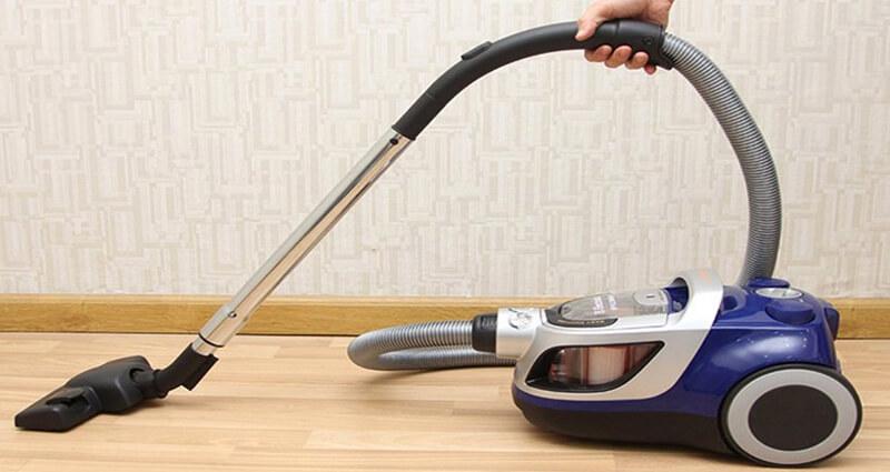 Diệt muỗi bằng máy hút bụi
