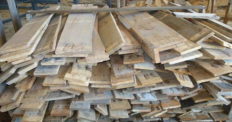 Thứ ba, mối có sẵn trong các đồ dùng bằng gỗ